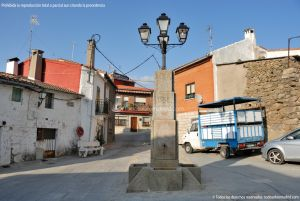 Foto Fuente de los Cuatro Caños de Rozas de Puerto Real 1