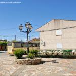 Foto Plaza de la Iglesia de La Serna del Monte 3