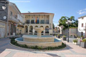 Foto Fuente Plaza de la Constitución en Valdaracete 2