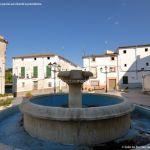 Foto Fuente Plaza de la Constitución en Valdaracete 5