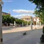 Foto Plaza de la Constitución de Velilla de San Antonio 6