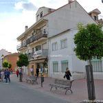 Foto Calle Mayor de Velilla de San Antonio 17