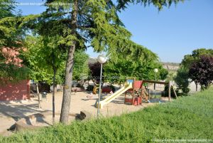 Foto Parque Infantil en Venturada 1