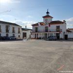 Foto Plaza de la Constitución de Villamanrique de Tajo 1