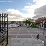Foto Plaza de la Constitución de Villamanta 3