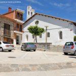 Foto Plaza de la Iglesia de Villavieja del Lozoya 1