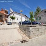 Foto Plaza de la Iglesia de Villavieja del Lozoya 11