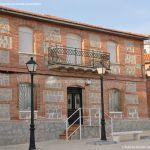 Foto Plaza de la Constitución de Villanueva de Perales 11