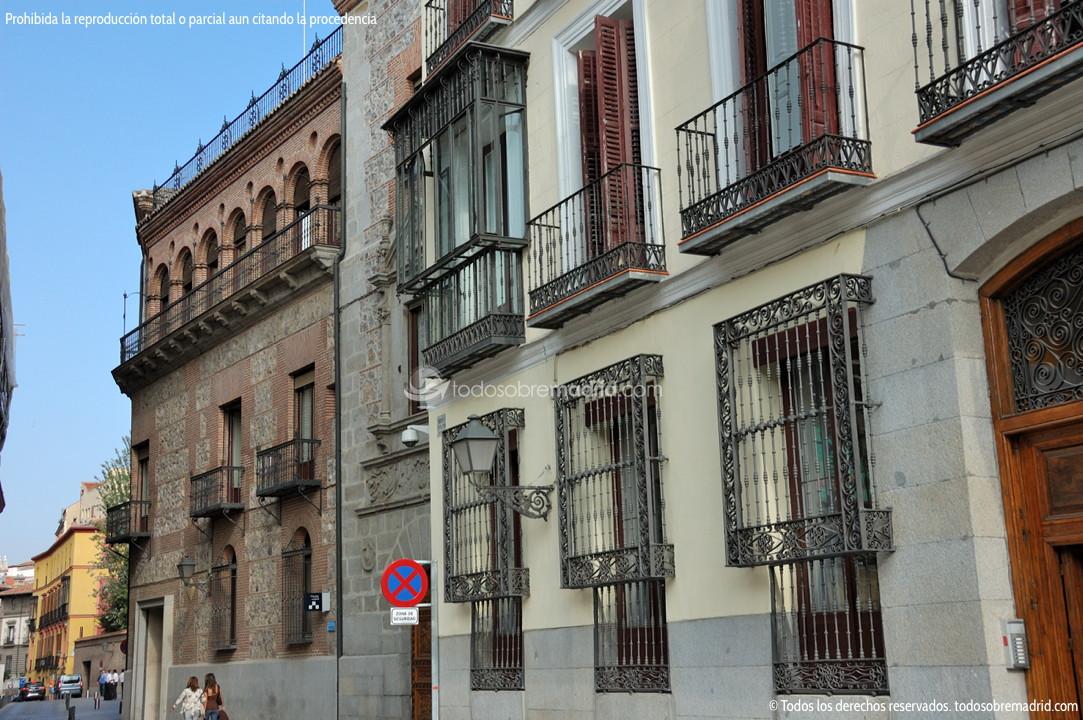 Calle del sacramento madrid - Calle santiago madrid ...