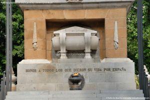 Foto Monumento a los Caidos Por España 11