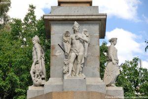 Foto Monumento a los Caidos Por España 16
