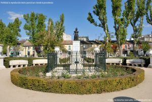 Foto Escultura Isabel II en Aranjuez 2