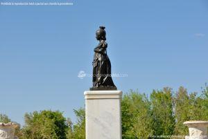 Foto Escultura Isabel II en Aranjuez 8
