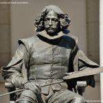 Foto Escultura a Velázquez en Museo del Prado 3