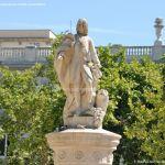 Foto Escultura a Su Majestad el Rey Don Fernando VI 2