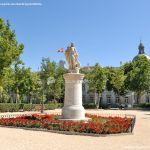 Foto Escultura a Su Majestad el Rey Don Fernando VI 6