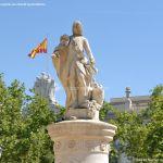 Foto Escultura a Su Majestad el Rey Don Fernando VI 7