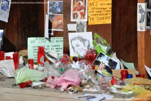 Foto Homenaje espontáneo a Michael Jackson 4