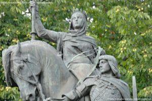 Foto Escultura a Isabel la Católica de Madrid 11