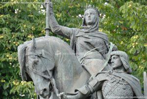 Foto Escultura a Isabel la Católica de Madrid 13