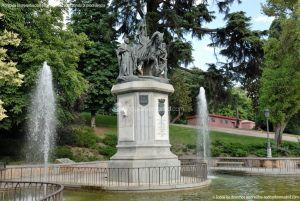 Foto Escultura a Isabel la Católica de Madrid 15