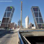 Foto Puerta de Europa (Torres Kio) 12
