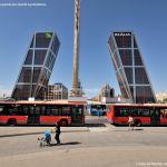 Foto Puerta de Europa (Torres Kio) 35