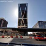 Foto Puerta de Europa (Torres Kio) 50