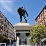 Foto Escultura a Eloy Gonzalo 2