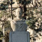 Foto Escultura en la Ruta Peatonal Arco de la Victoria 10