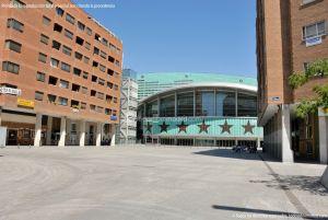 Foto Plaza de Salvador Dalí 9
