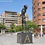 Foto Escultura en la Plaza de Dalí 4