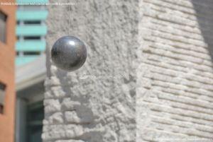 Foto Escultura en la Plaza de Dalí 8