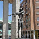 Foto Escultura en la Plaza de Dalí 10
