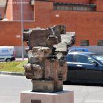 Foto Esculturas en Vía Complutense 5