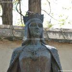 Foto Escultura a la Reina Isabel la Católica 3