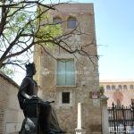 Foto Escultura a la Reina Isabel la Católica 7