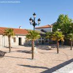 Foto Plaza del Reloj de Navas del Rey 3