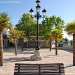 Foto Plaza del Reloj de Navas del Rey 6