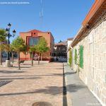 Foto Plaza del Reloj de Navas del Rey 10