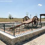 Foto Antigua maquinaria agrícola de Navas del Rey 2