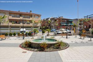 Foto Plaza de España de Pelayos de la Presa 12