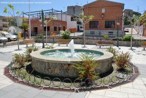 Foto Fuente Plaza de España de Pelayos de la Presa 4
