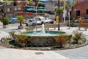 Foto Fuente Plaza de España de Pelayos de la Presa 5