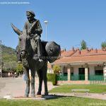 Foto Escultura homenaje al Burro 3