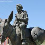 Foto Escultura homenaje al Burro 6