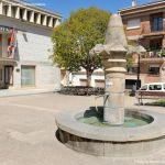 Foto Fuente y Picota en Plaza del Generalísimo 7