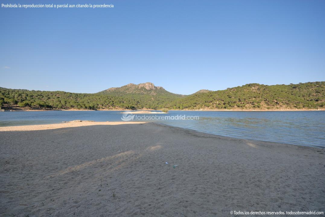 Playa Virgen De La Nueva En El Pantano De San Juan