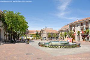 Foto Plaza de la Constitución de Galapagar 20