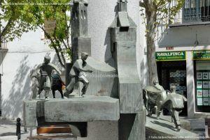 Foto Escultura Homenaje a los Encierros 11